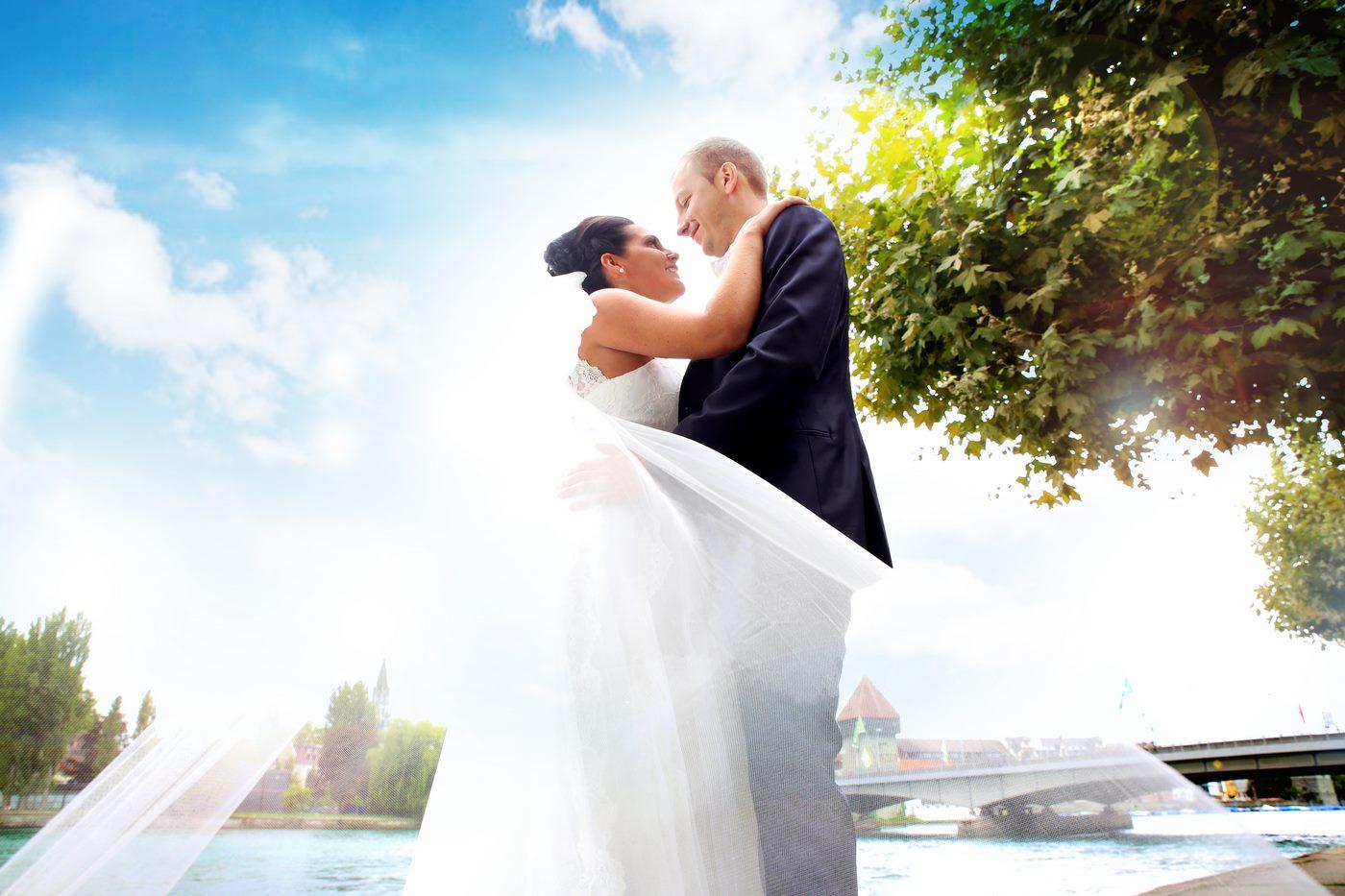 Brautpaar in Konstanz am Bodensee fotografiert