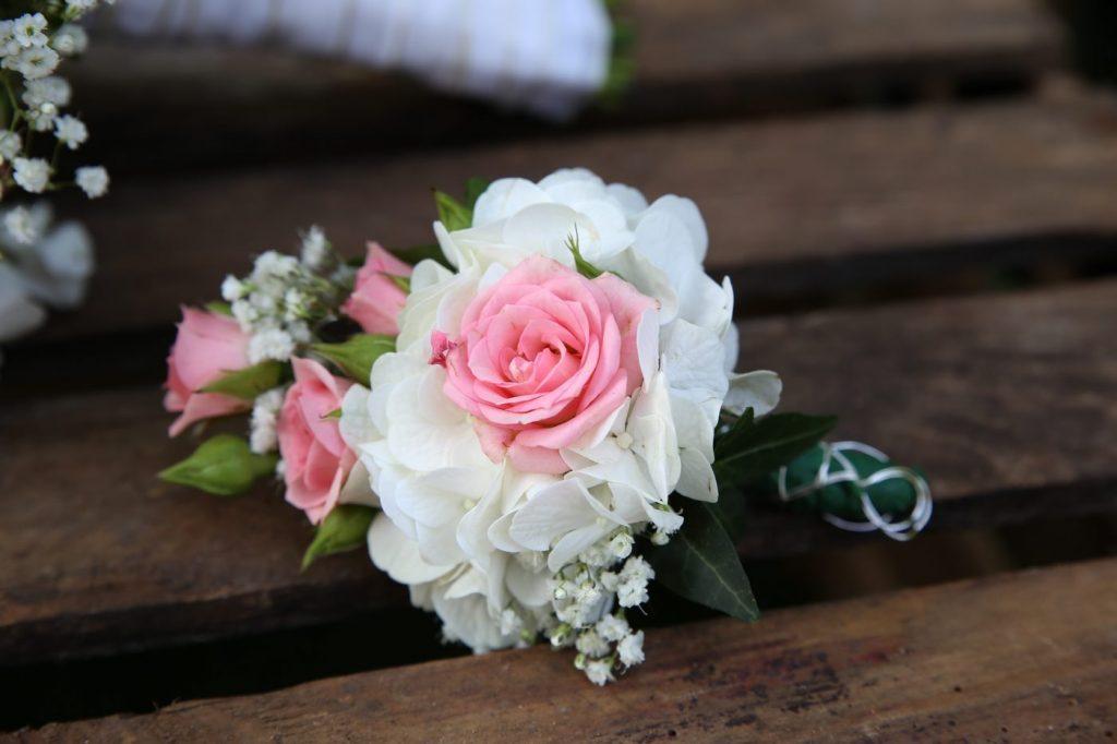 Blumen Anstecker Rosa Rose