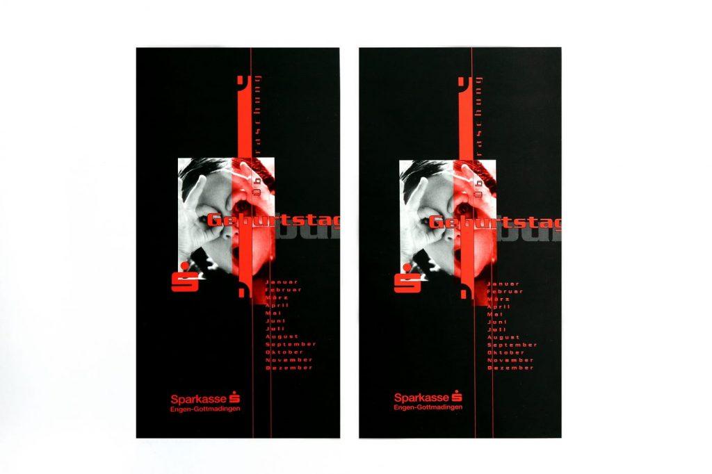 Flyer der Sparkasse in schwarz-rot