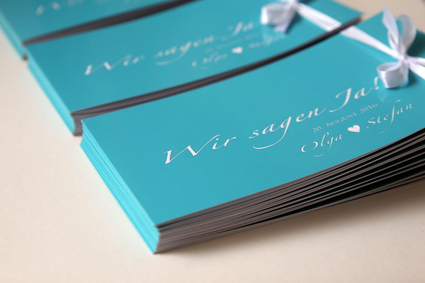 Einladungskarte zur Hochzeit in türkis