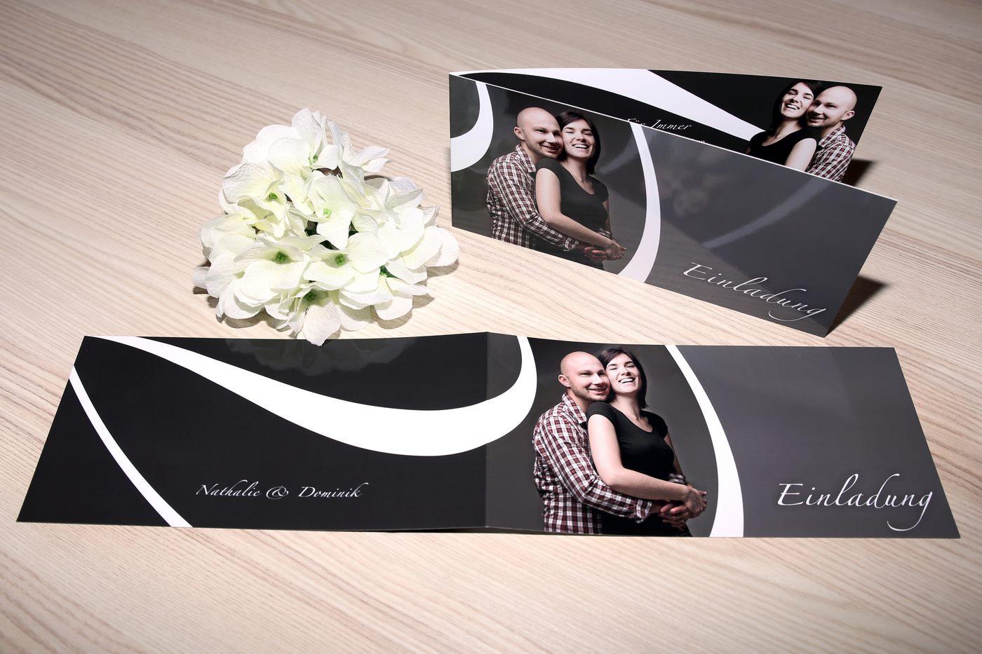 Klappkarte als Einladungskarte zur Hochzeit