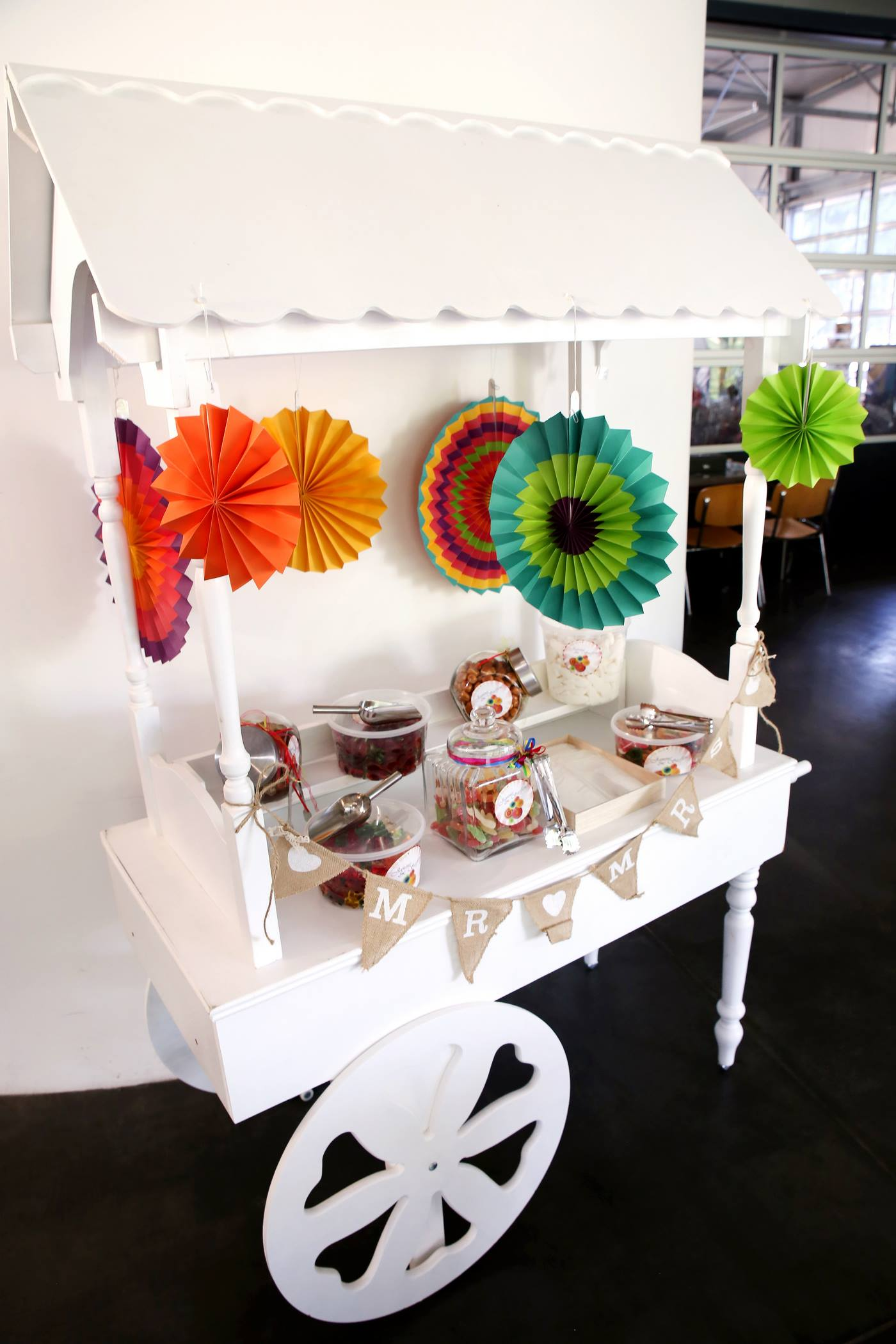 Candy Cart mit Deko